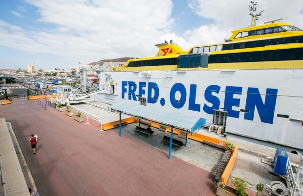 Ferry Fred. Olsen interior and exterior